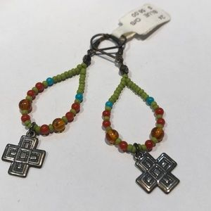 Jewelry - Fashion earrings with silver crosses!